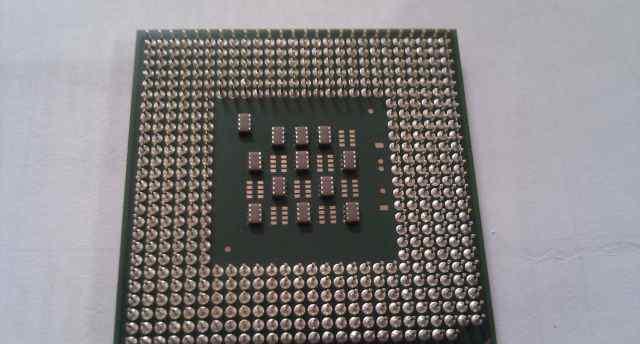 Intel Pentium 4 2.6/512/800