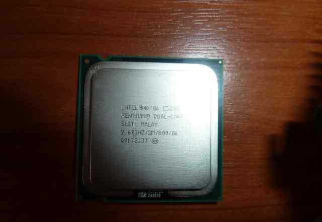 Intel Pentium Dual-Core E5300 soket 775