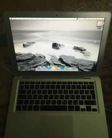 Macbook Air 1.1 1.6 ггц 80Гб + внешний дисковод