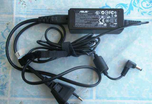 Asus Eee PC T101MT. Оригинальный блок питания