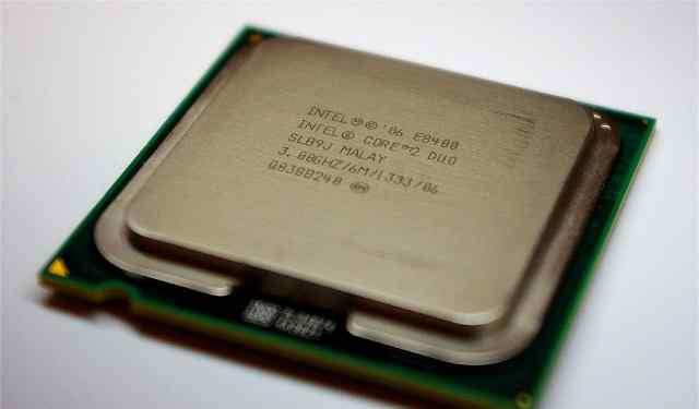Процессор Intel Core 2 Duo Processor E8400