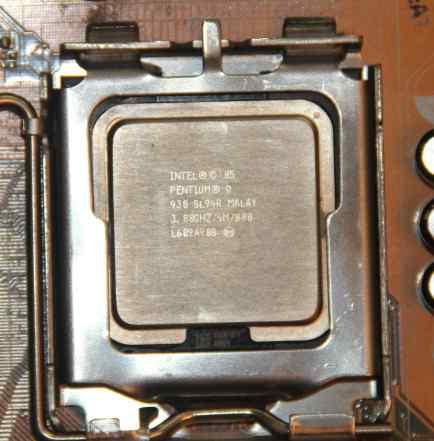 Процессор Intel Pentium D930, 3.0GHz