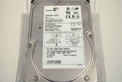 Seagate Cheetah 10K.7 HDD scsi UW320 ST373207LC 73