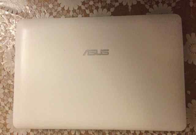 Нетбук Eee PC 1015PE (Seashell)