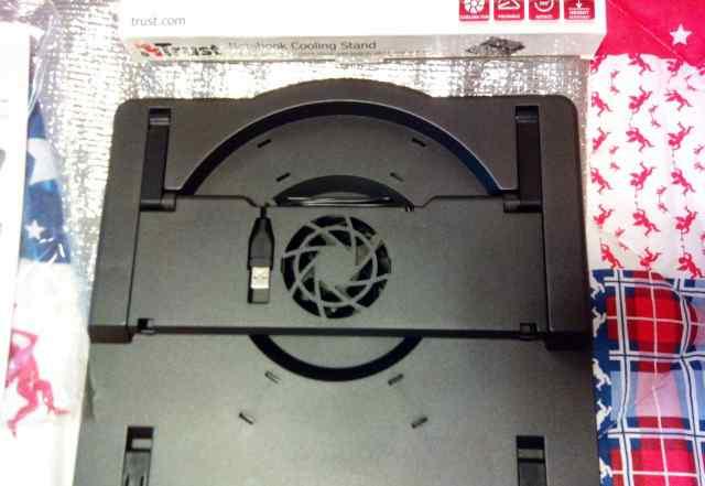Подставка под ноутбук с кулером по USB