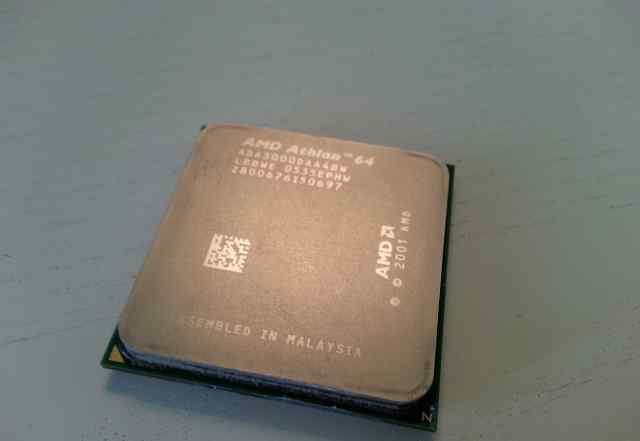 AMD Athlon 64 3000+ (ADA3000DAA4BW) Socket 939