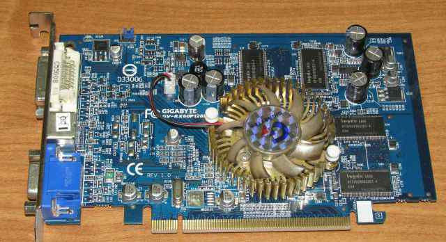 GV-RX60P128DE (ATI radeon X600 PRO)