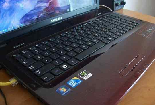 Samsung r580-JT01/corei5/6gb/320gb HDD