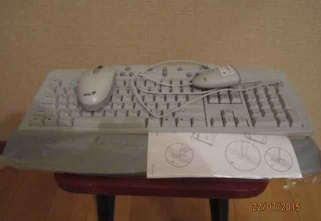 Беспроводная клавиатура Genius
