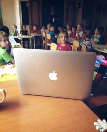 Macbook Air 13 md760ru/b в идеальном состоянии