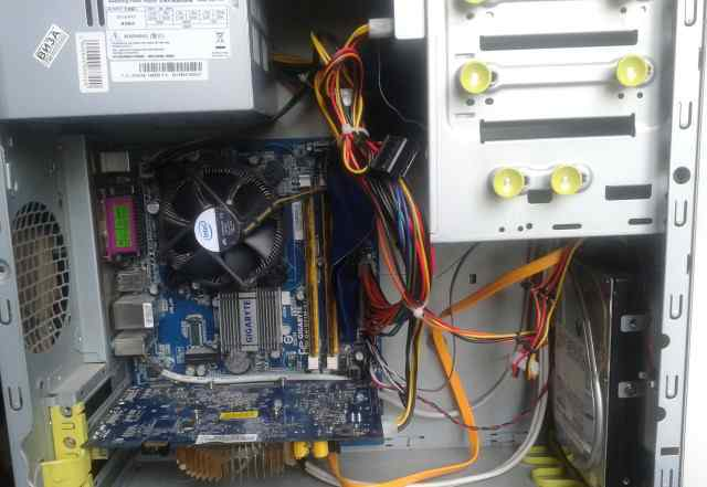 Домашний двухъядерник Core2 Duo E8400 3GHz