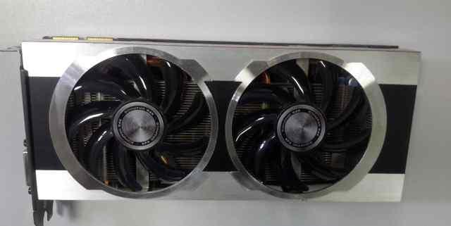 Видеокарта XFX Radeon HD 7950 925Мгц 3Gb