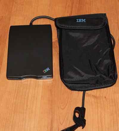 Переносной дисковод IBM 3.5 USB