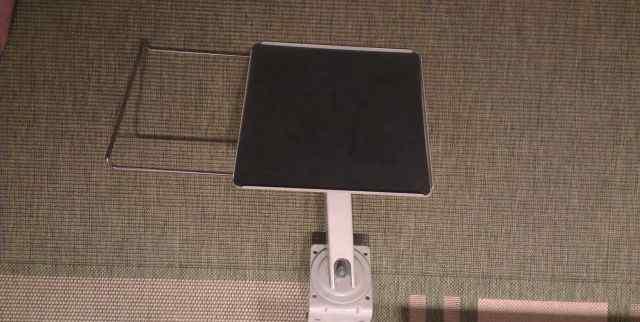 Подставка кронштейн под монитор
