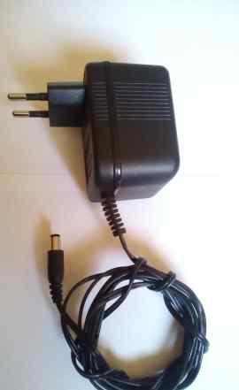 Блок питания 9В, 1А (Адаптер AC/DC)