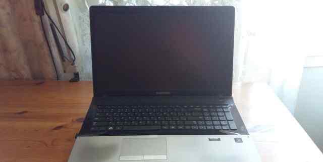 Ноутбук samsung np300e7a
