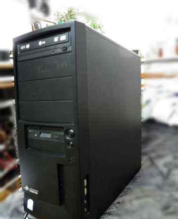 Intel 2-х ядерный 2.8Ггц 2гб 80гб есть монитор 17