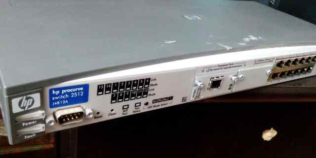 Управляемый коммутатор HP ProCurve 2512