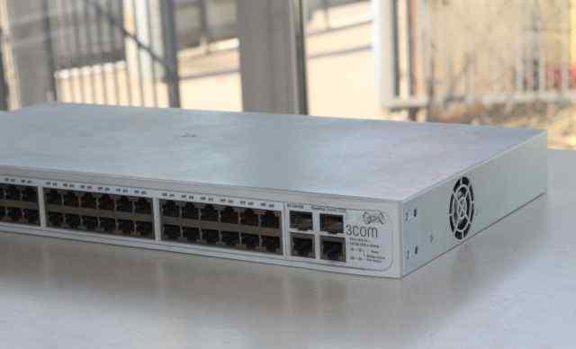 3COM Baseline Switch 2250 продаю