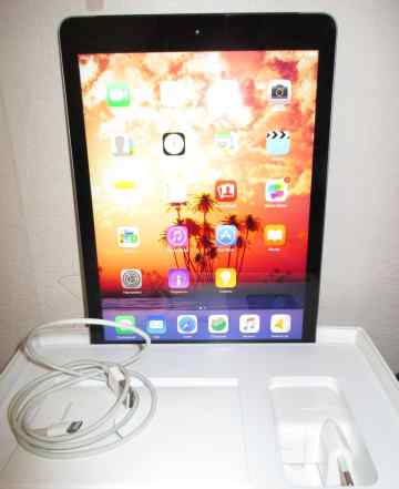 Apple iPad Air Wi-Fi 16 гб
