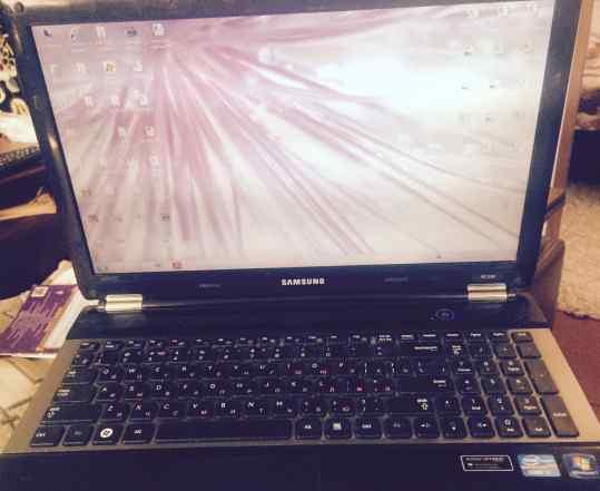 Ноутбук игровой Samsung 530RC