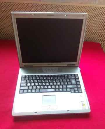 Старенький ноутбук