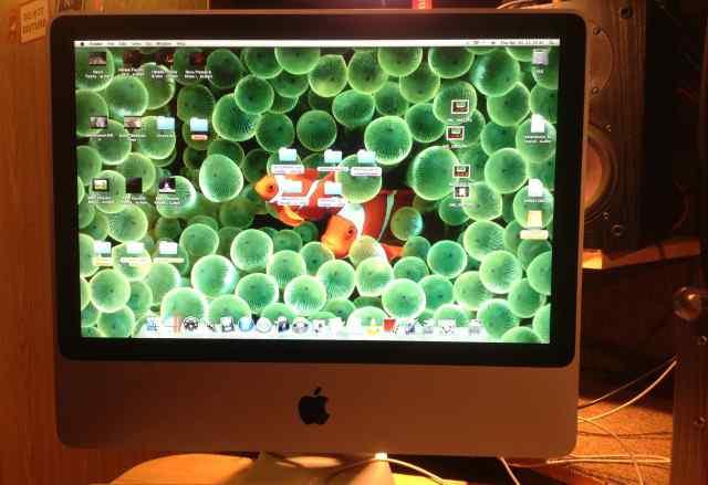 Apple iMac 21 (2010)