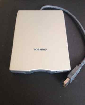 Внешний дисковод USB Toshiba