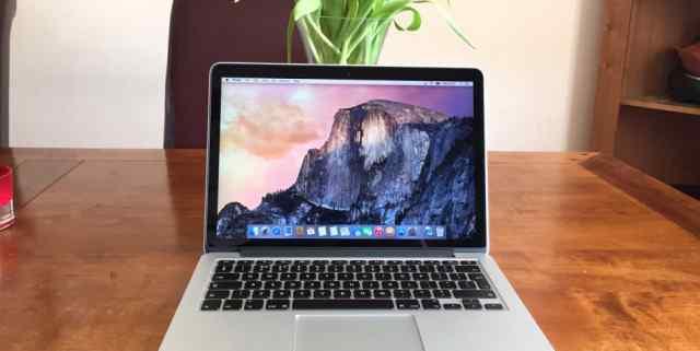 Apple MacBook Pro 13 2015 i5 2.7/16Gb/256SSD(Z0QN0