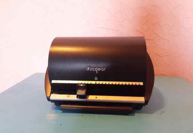 Органайзер для дисков DiscGear на 50 CD/DVD