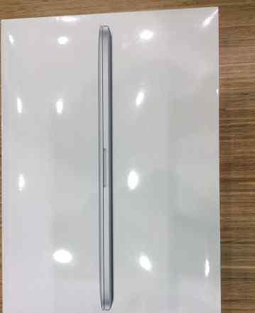 Топовый MacBook Pro 15 рст. Не вскрывался. Скидка