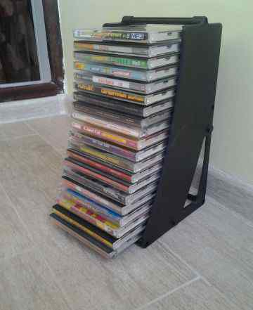 Подставки для дисков с дисками мп3 2 шт