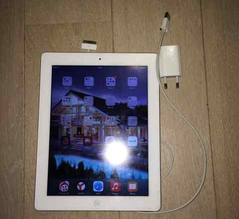 iPad 2 WiFi 64 Gb белый