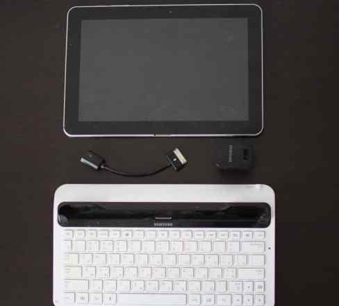 Samsung Galaxy Tab 10.1 P7510 32gb + Клавиатура+ U