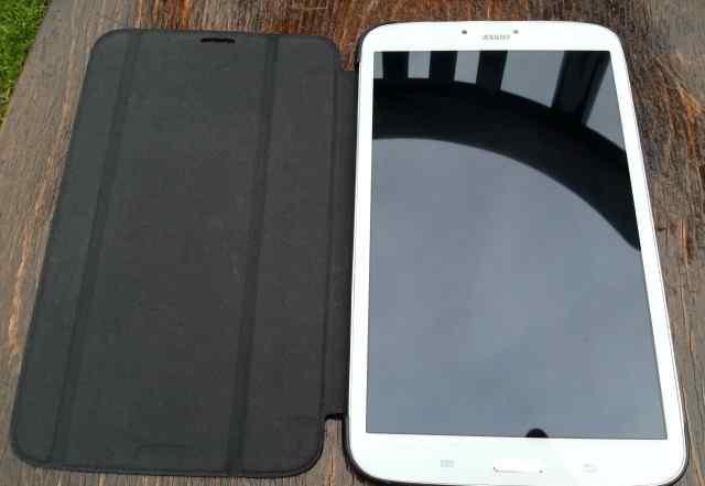 Samsung Galaxy Tab 3 8.0 с фирменным чехлом