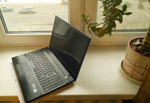 Ноутбук для дома и офиса 15.6