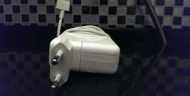 Зарядное устройство Apple Magsafe 2 45w A1436
