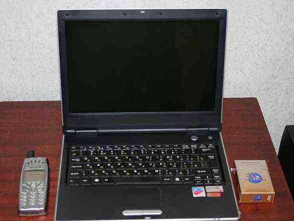 Ноутбук Prestigio 12 дюймов