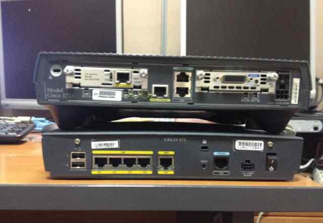 Cisco 871 и Cisco 1721 в хорошем состоянии