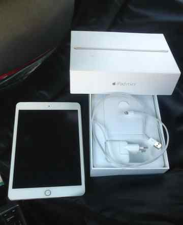 iPad mini 3 64Gb gold