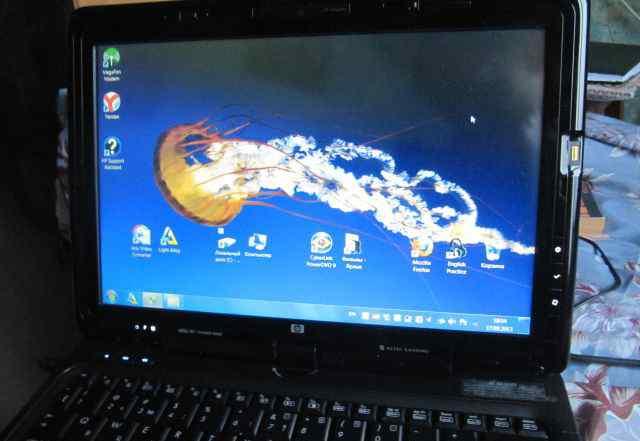 Поворотный сенсорный экран HP Touchsmart tx2