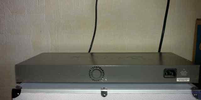 Коммутатор (switch) D-link DES-3226S