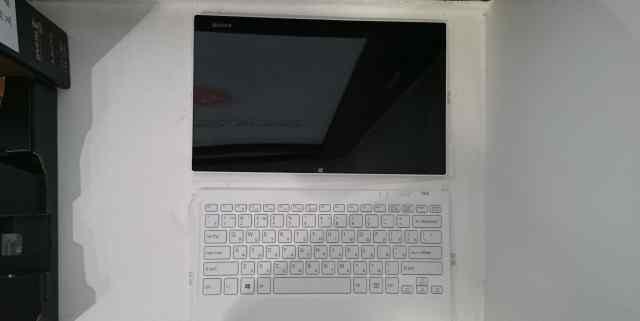 Sony vaio Tap 11 SVT1122M2R Новый