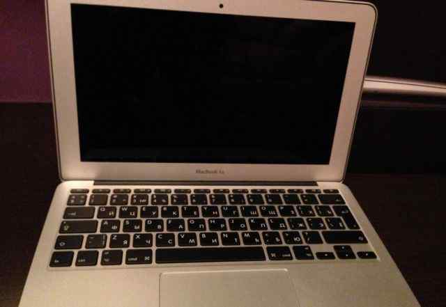 MacBook Air (11-inch, Mid 2011) 128Gb