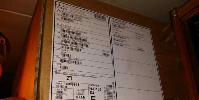 новый коммутатор WS-C3750X-24T-S в упаковке