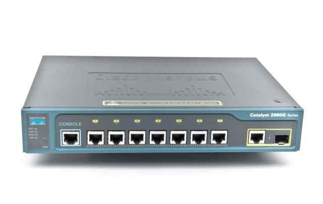 Коммутатор Cisco Catalyst Switch WS-C2960-8TC-L