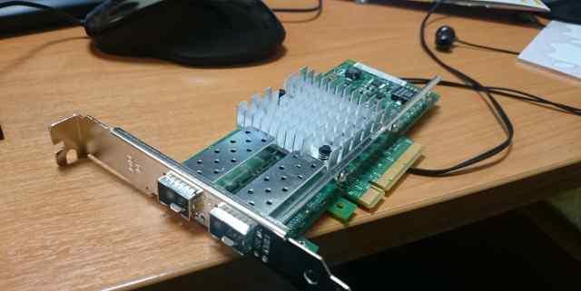 Сетевая карта SFP+ Intel X520-DA2