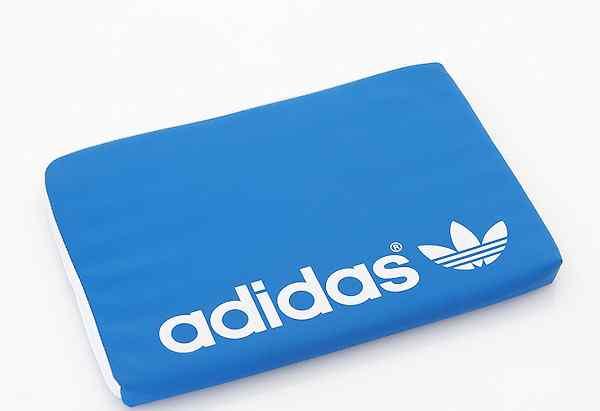 Чехол для ноута Adidas