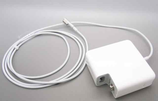 Apple MagSafe Power Adapter 85W A1343