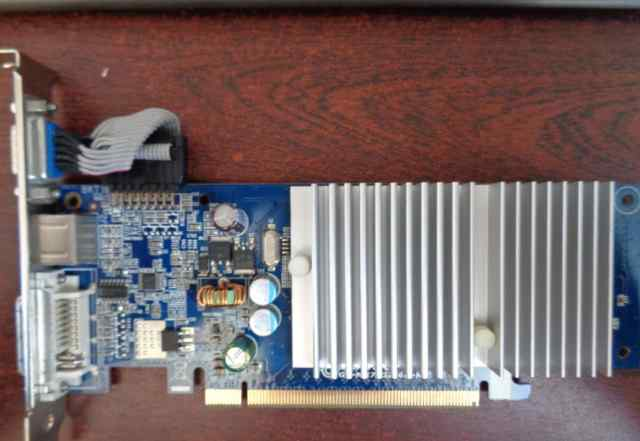 Gigabyte Nvidia GeForce 8400 GS 256 Mb. Артефакты